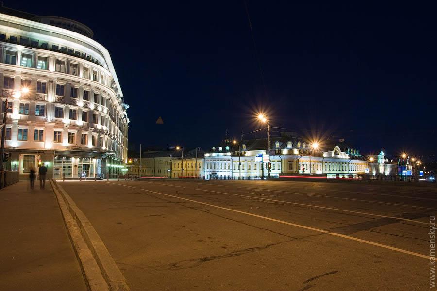 Вечерние фотографии Москвы. Начало Большой Ордынки, Кадашеская набережная