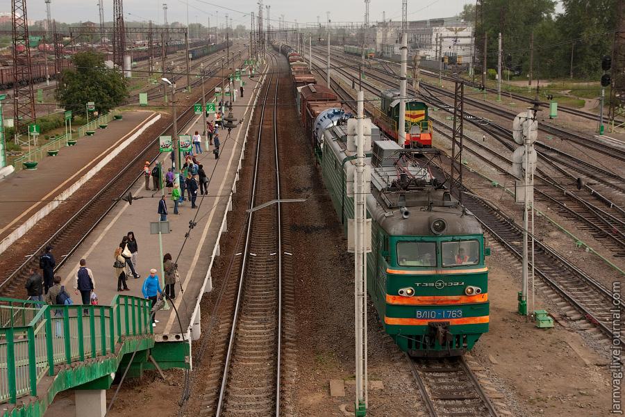 Станция Воскресенск, товарный состав, ВЛ10-1763