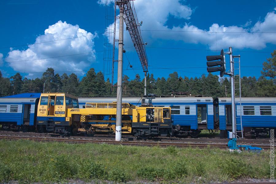 Станция Красноармейск, Путевая машина SP93R-001 и ЭР2-1153