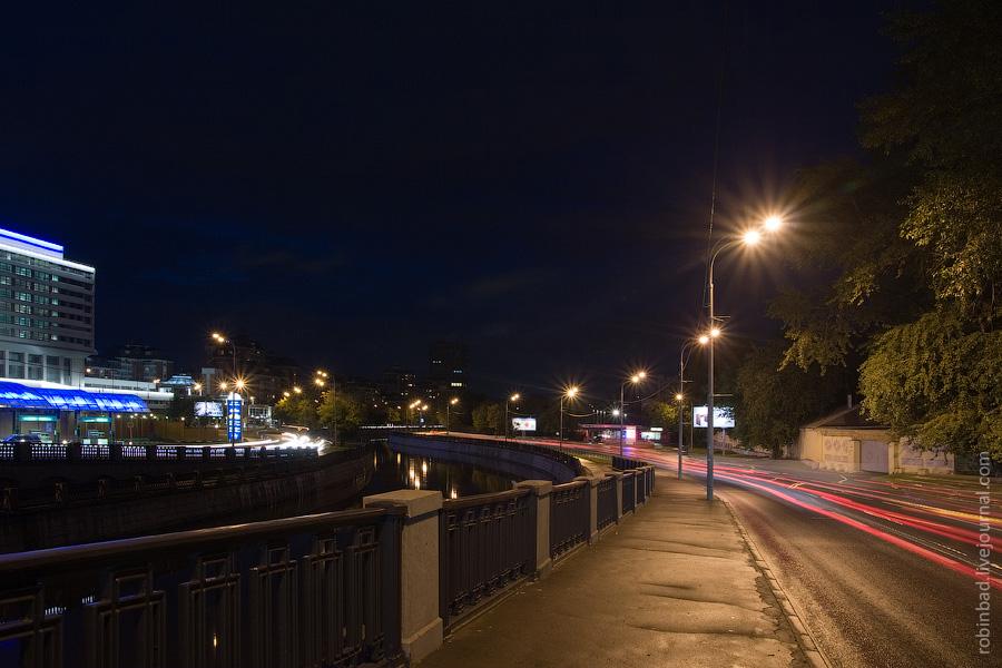 Ночное Лефортово, Лефортовская набережная Яузы