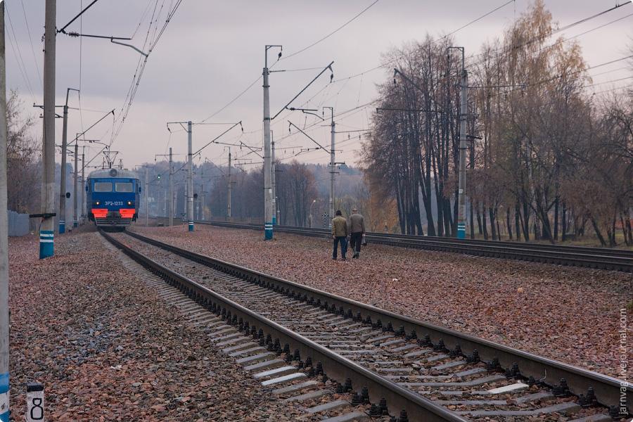 Окрестности станции Пушкино ЭР2-1233