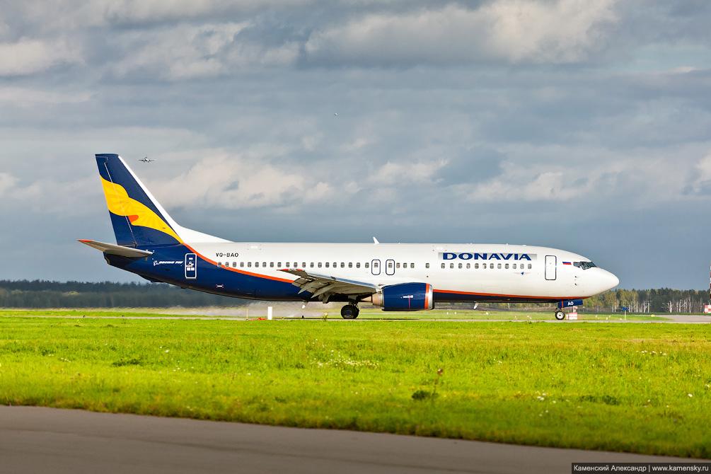 Boeing 737 Донавиа VO-BAO