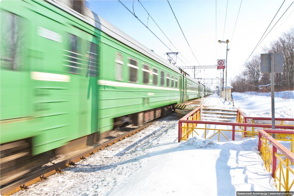 Горьковское направление, платформа Есино, Электропоезд ЭД4М-0311