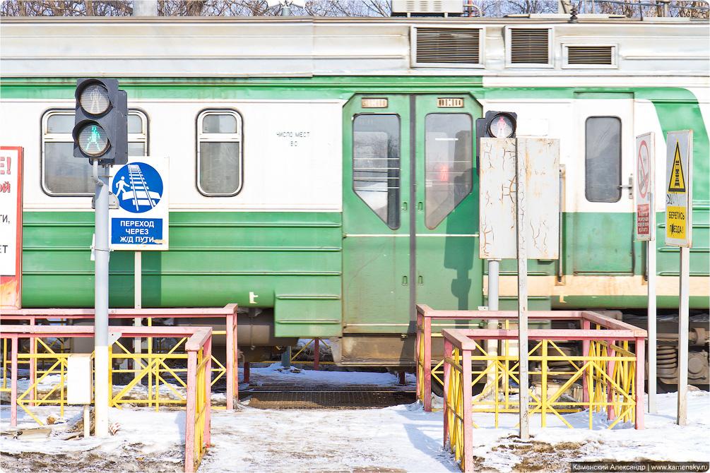 Горьковское направление, Станция Храпуново, Электропоезд ЭД4М-0349, необычные окна в дверях