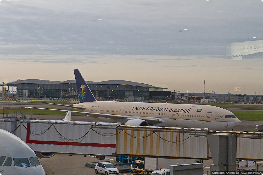 Споттинг, Хитроу, Лондон, spotting, Heatrow, London, airport, LHR, Boeing 777-268/ER Saudi Arabian HZ-AKE