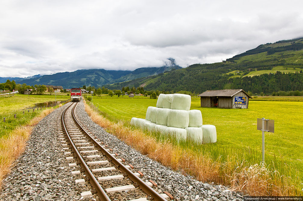 Австрия, Альпы, Цель-ам-Зее, Цель ам Зее, узкоколейка, железная дорога, горы, долина, лето, красиво, луга, поезд, Austria, Zell