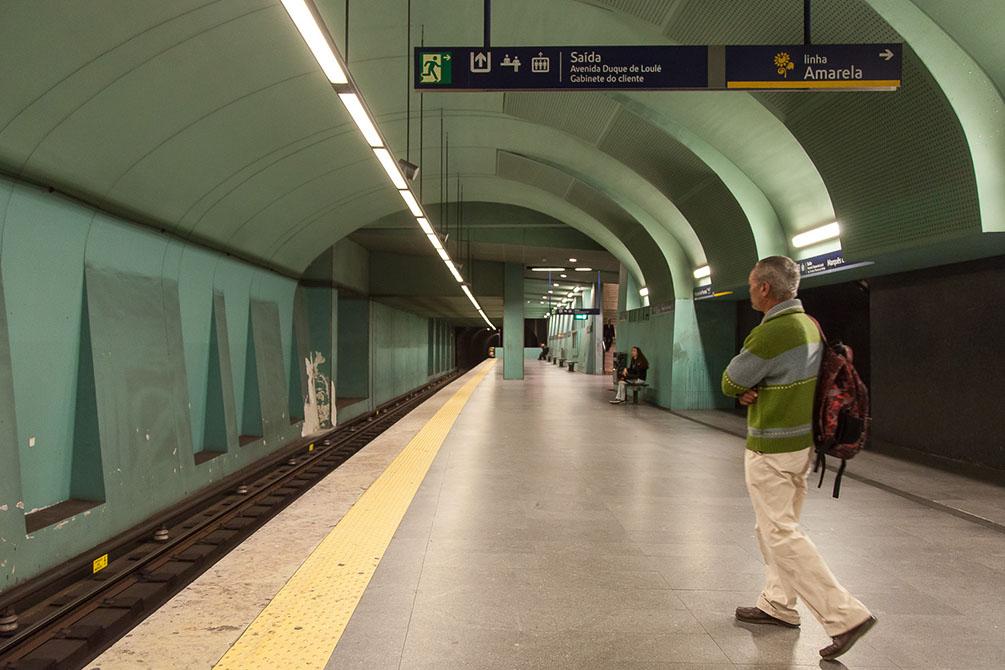 Португалия, поезда, Лиссабон, метро, город, прогулка