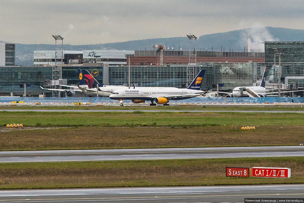 Германия, Франкфурт, самолет, споттинг, Stadler KISS, ODEG ET class 445