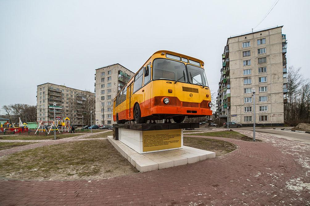 зима, Ликино-Дулёво, памятник ЛИАЗ-677М, ЛИАЗ